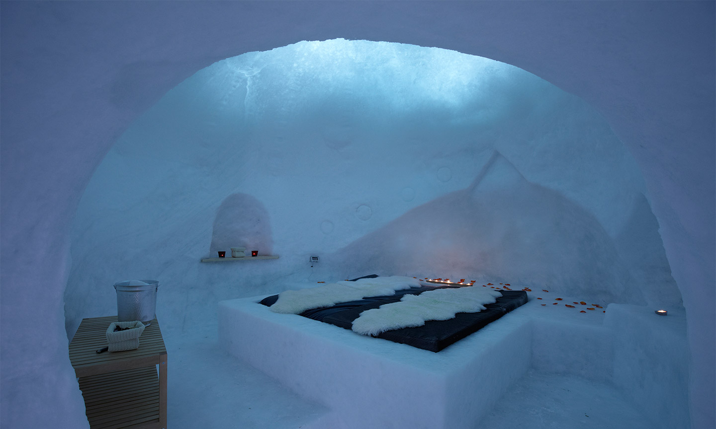 igloo-slideshow-1.jpg
